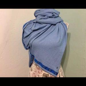 Lululemon Vinyasa Striped Scarf. EUC blue/white